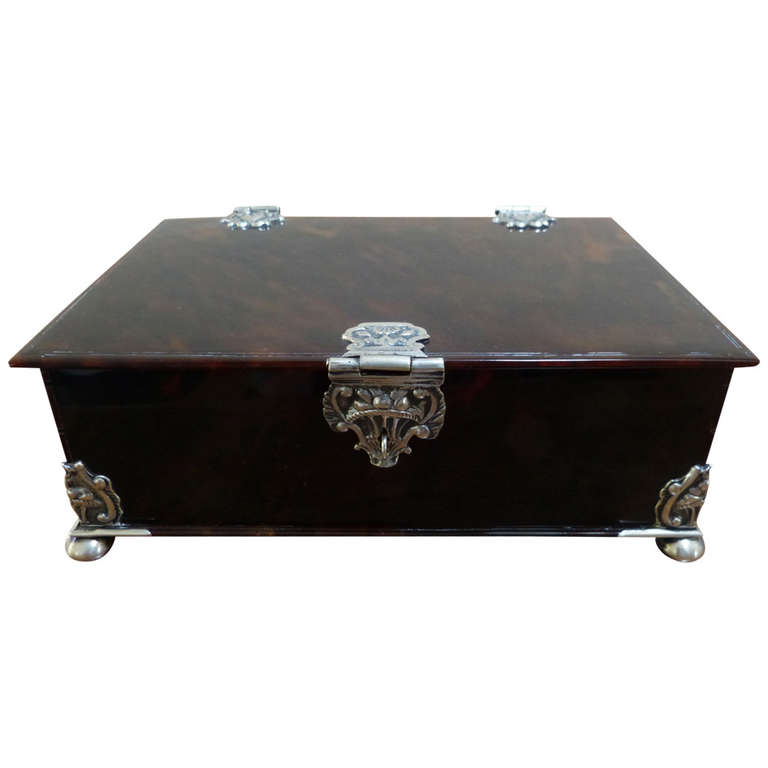 Dutch Colonial 18th Century Tortoishell box